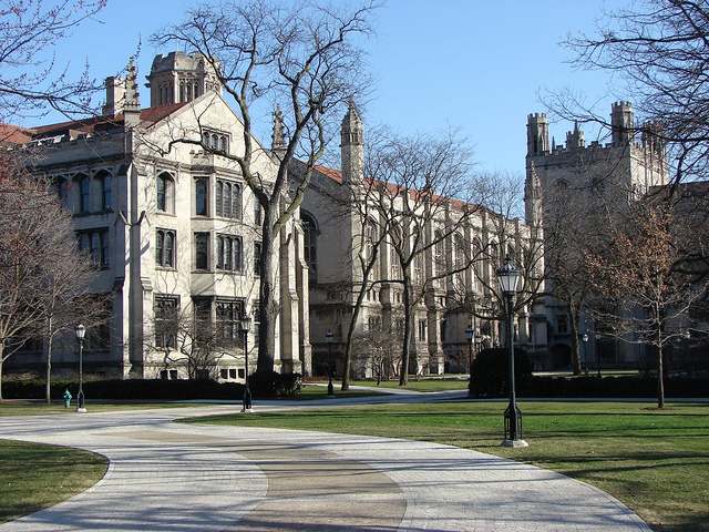 Main Quadrangle at University of Chicago. Photo credit: Luiz Gadelha Jr. / Flickr